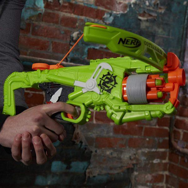 Зеленый Нерф Zombie Strike Outbreaker (B9093)